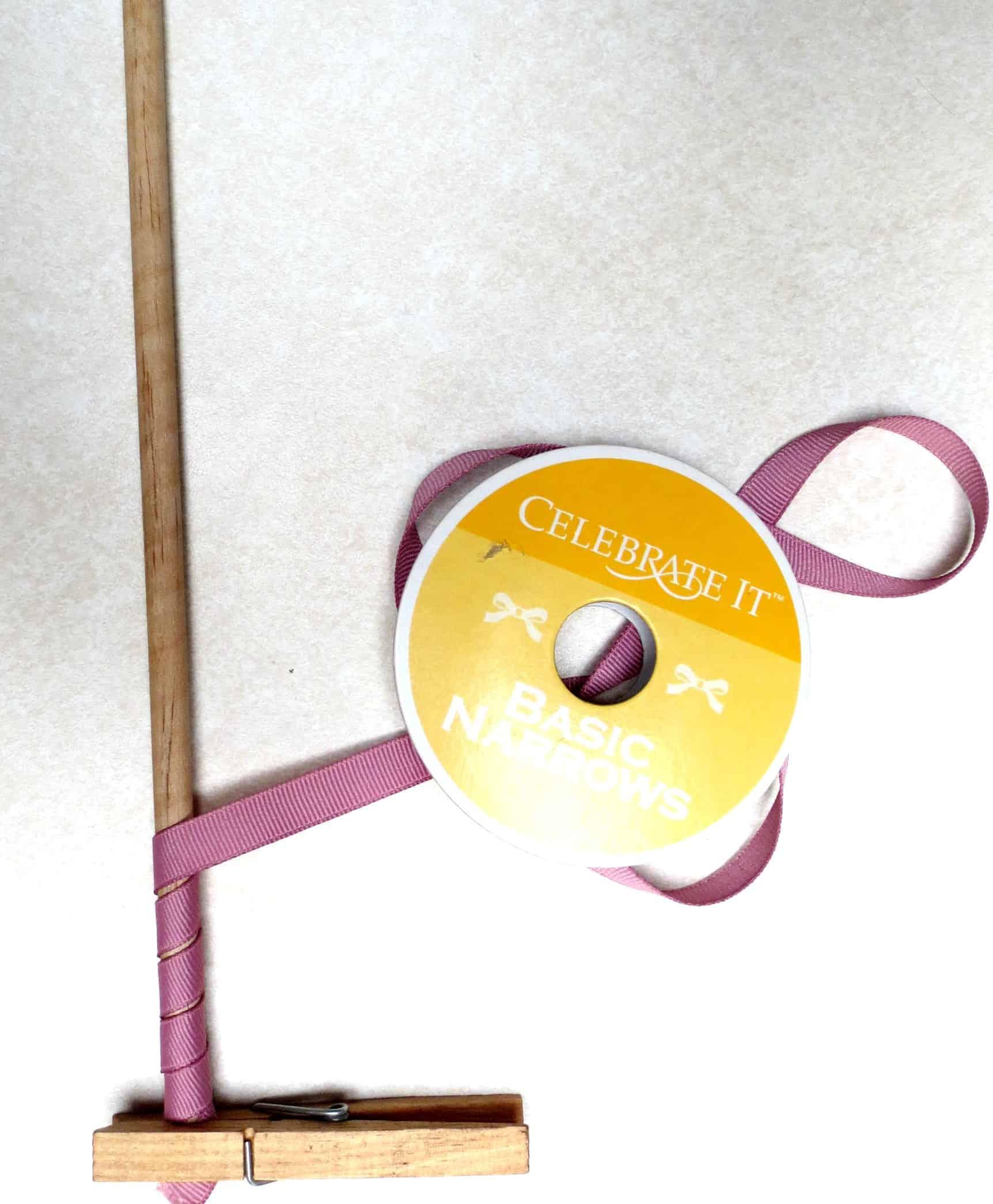 korker, korker ribbon, korker bow
