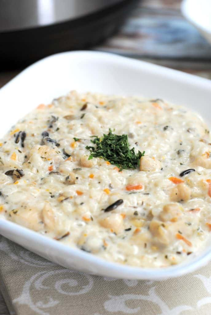 Delicious Instant Pot Creamy Chicken & Wild Rice Soup is a warm and heartymeal for a chilly day www.themoodyblonde.com